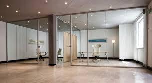 cloisons bureaux cloison fixe en aluminium vitrée de bureau aere codutti