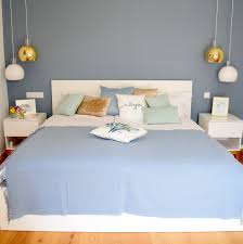 schlafzimmer gestaltung interior blau weiß beiger