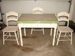 Vintage 1930s Porcelain Kitchen Table With Two Leafs And Three Chairs