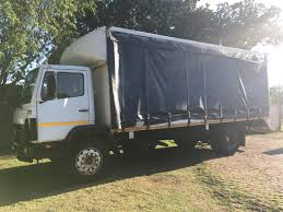 4and 8 TON TRUCK FOR HIRE | Junk Mail