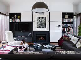 kinder in modernem wohnzimmer mit bild kaufen 11278101
