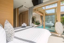 innen und außendesign im schlafzimmer der luxus poolvilla