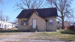 The Shed Bar And Grill Lakefield Mn by 208 W 2nd St For Sale Lake Park Ia Trulia