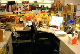 Cubicle Decoration Ideas For Christmas by Decoration Ideas For Office Desk U2013 Adammayfield Co