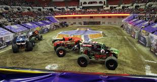Monster Jam La : Cozumel Apple Vacations