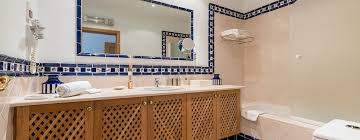 21 amazing and affordable bathrooms homify