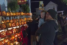 Pumpkin House Kenova Wv Hours by Photos Halloween At The Pumpkin House News Wvgazettemail Com