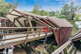 100 Boathouse Architecture Updated Gesner For Sale In The Cahuenga Pass For 850K