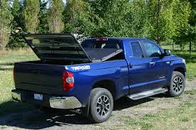 Diamondback Bed Cover by Black Heavy Duty Truck Bed Cover On Blue Toyota Tundra Flickr
