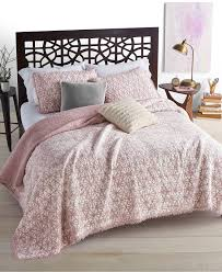 Vs Pink Bedding by Martha Stewart Collection Quilts And Bedspreads Macy U0027s