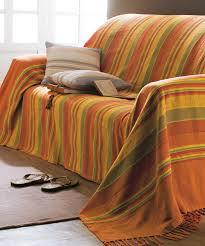 jetés de canapé jeté de fauteuil ou de canapé vert textile de maison damartsport