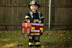 Being A Mommy...: Diaper Box Fire Truck