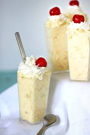 Easy Pineapple Dessert es To her with 3 Ingre nts
