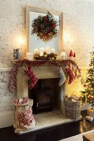 The 25 Best Fire Place Christmas Decor Ideas On Pinterest