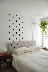 wand streichen muster ideen schwarze dreiecke schlafzimmer