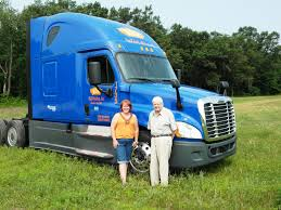 Feature: H.O. Wolding's Julie Matulle Named Trucking's Top Rookie