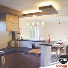 eclairage bar cuisine idée relooking cuisine cuisine semi ouverte sur salon et salle à