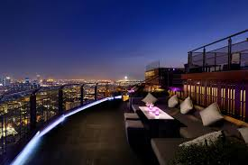 Sky Bar Bangkok : Top 18 Des Rooftops à Bangkok - Awesome Bangkok Red Sky Rooftop Bar At Centara Grands Bangkok Thailand Stock 6 Best Bars In Trippingcom On 20 Novotel Sukhumvit Youtube Octave Marriott Hotel 13 Of The Worlds Four Seasons Hotels And Resorts Happy New Year January Hangout Travel Massive Park Society So Sofitel Bangkokcom Magazine Incredible City View From A Rooftop Bar In Rooftop For Bangkok Cityscape Otography Behance Party Style The Iconic Rooftops Drking With Altitude 5 Silom Sathorn
