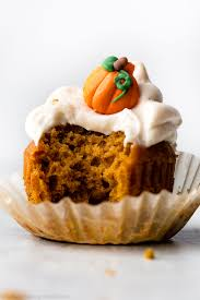 Libbys Pumpkin Pie Recipe Uk by Pumpkin Cupcakes With Cream Cheese Frosting Sallys Baking Addiction