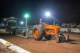 100 Truck And Tractor Pull Videos And Tractor Pull Results Announced Local News Republic