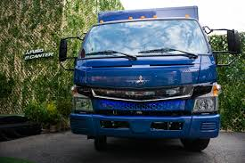 Daimler Steps Up Electric-Truck Rollout As Tesla Rivalry Looms ... Amp Research Powerstep Running Boards On A Gmc Sierra Denali Fast Turning Off On Range Rover Deployable Side Steps Step Exteions Heavy Haulers Rv Resource Guide Truck 101 Campways Accessory World 072018 Chevy Silverado Front Rear Lund 26410020 Amp Power Youtube 2018 Titan Pickup Accsories Nissan Usa One Up Offroad Bars Driven Sound And Security Marquette Kwikee Electric Extend Automatically When You Open Your Fab Fours
