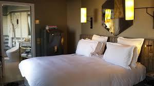 chambre avec bain chambre avec vue sur salle de bain picture of nolinski