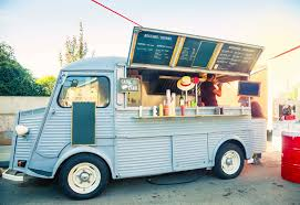 5 Tips To Keep In Mind When Booking A Food Truck - Caterwings