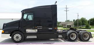 2003 Volvo VNL Semi Truck | Item K5387 | SOLD! July 21 Truck...