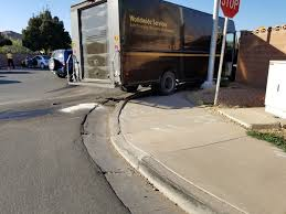 100 Ups Truck Accident Passenger Car Collides With UPS Delivery Truck St George News