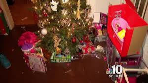 Grinch Swipes Presents From Philly Home