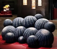 exklusives kaktus sofa design bringt spaß und komfort ins
