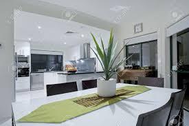 moderne küche in luxus villa