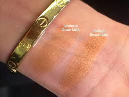 Beauty Professor Hourglass Ambient Bronzers Sunlight in a pact