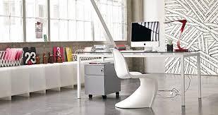 le bureau design comment avoir un bureau design grâce à la chaise de bureau