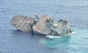 Uss America Sinking Location by Dramatic Moment U S Navy Ship Is Sunk By Torpedo From Australian