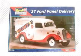 100 37 Ford Truck Revell Panel Delivery Model Care Kit In Plastic 1 25 Scale