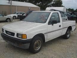 100 Isuzu Pickup Trucks PUP Front Door Used Truck Parts