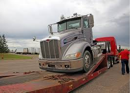 Foodliner Donates Two Trucks To Heavy Duty Truck Technology Program ... Engines For Change 2015 Union Of Concerned Scientists How Many Turkeys Can A Modern Heavyduty Truck Haul A Turkload Suning Completes Testing Of Selfdriving Heavy Duty Freightliner Announces Electrified Versions Its Popular Hyliion Acquires Gentherms Battery Division Transport Topics Trucks North Carolina Competiveness Towing 24hr Big I78 6105629275 Heres Why Teslas Pickup Will Transform The Heavyduty Truck Segment 2019 Peterbilt 389 608990 Jx Used Inventory Northwest Tesla Semi Electrek Silverado 2500hd 3500hd