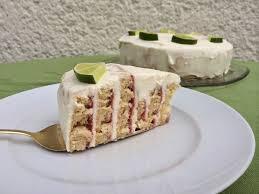 Hochzeitstorte Mit Erdbeeren Und Limetten Erdbeer Limetten Torte Danielas Foodblog
