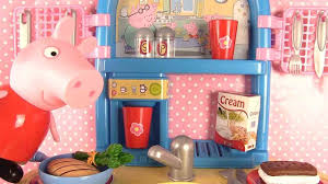 cuisine jouet smoby jouets de peppa pig cuisine smoby peppa pig fait la cuisine