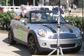Zipcar | Julie's Low Car Diet: A Zipcar No Car Challenge Fleet Vehicle Branding Mediafleet The Ultimate Guide To Car Sharing In Vancouver 2009 Panmass Challenge Ride Report Avis Buys Zipcar For 500 Million An Effort Control Zipcars Offer Alternative Car Ownership Wuwm Sharing Hourly Rental Pladelphia Stock Photos Images Alamy Cadian Services Autotraderca Metro North Abc7nycom Review 2012 Nissan Frontier S King Cab 4x2 Truth Photo Gallery Autoblog