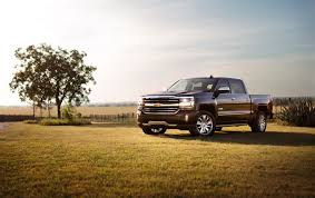 Edmunds Sizes Up Ford F-150 And Chevrolet Silverado 1500 - 570 NEWS Used 2015 Toyota Tacoma For Sale Pricing Features Edmunds 2016 Ford F150 2017 Honda Ridgeline For Sale Gmc Sierra 1500 Regular Cab Trucks Research Reviews Chevrolet Silverado Nissan 2014 F250 Super Duty Ram 2500 Mega