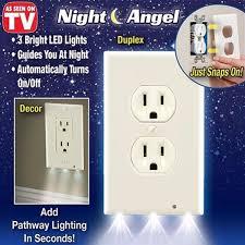 pro duplex light sensor led cover wall outlet