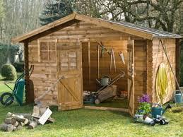 chalet maison bois abris et construction bois pour la maison et