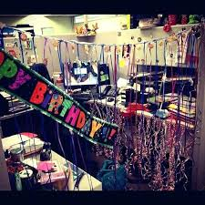 How To Decorate A Cubicle For Birthday 50th Best Decorations Ideas