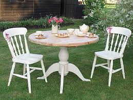 Shabby chic painted round table