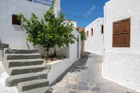 100 Beautiful White Houses Lindos Village Streets Without Tourists Beautiful White Houses