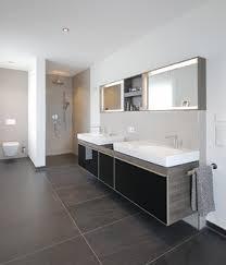75 badezimmer mit beigefarbenen fliesen ideen bilder