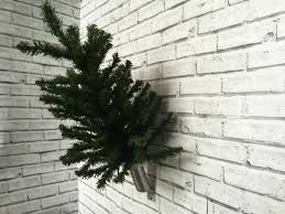 Flagpole Christmas Tree by Aluminium Christmas Tree Wall Bracket For Civic Or Commercial Use