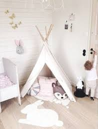 tapis chambre d enfant choisir un tapis pour une chambre d enfant inside idée déco pour